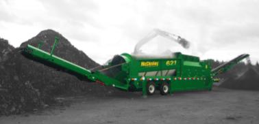 621 RE WHEELED/TRACKED Motor130 CV Altura de transporte 4,11 m Altura de almacenaje 4,61 m Longitud de transporte 18,52 m Ancho de transporte 2,59/2,94 m Peso23.400/33.700 Kg Inglés