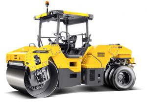 CC4200C MotorCummins 125 CV Carga en ruedas 1100 kg/rueda km/h Amplitud nominal 0,8/0,3 mm Frecuencia de Vibración 51/67 Hz Fuerza centrífuga 139/92 kN Peso9.500 Kg Español