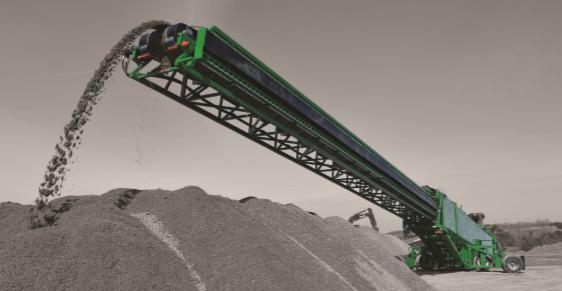 SDX150 MotorDIESEL or ELECTRIC Longitud trabajo 45,72 m Altura trabajo 15,54 m Longitud transporte 24,38 m Ancho de transporte 3,33 m Altura transporte 4,12 m Producción 800 Tn/h Inglés