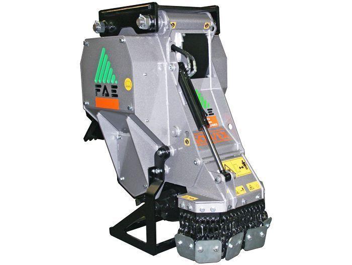 SCM/EX/VT 150 Peso Excavadora 12-20 tn Ancho de Trabajo 770 mm Potencia Excavadora 70-150 CV Diámetro del Rotor 790 mm Rotor Dientes Fijos Español Inglés
