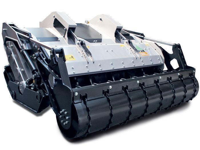 SFH/HP 200 Ancho de Trabajo 2080 mm Potencia Tractor 360-500 CV Diámetro MAX Trituración 30 PIEDRAS - 40 ARBOLES - 55 TOCONES (cm) Rotor Dientes Fijos Profundidad Trabajo 40 cm Español Inglés