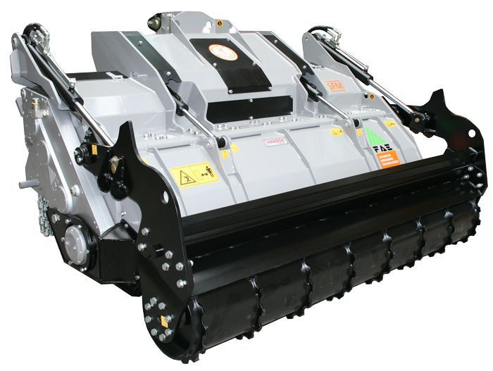 SFM 175 Ancho de Trabajo 1815 mm Potencia Tractor 150-250 CV Diámetro MAX Trituración 30 PIEDRAS - 40 ARBOLES - 50 TOCONES (cm) Rotor Dientes Fijos Profundidad Trabajo 30 cm Español Inglés