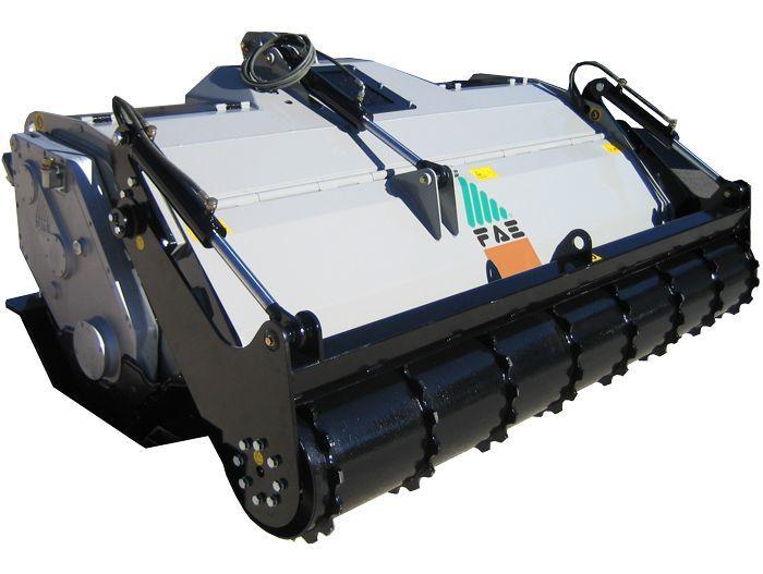SSL 150 Ancho de Trabajo 1580 mm Potencia Tractor 100-160 CV Diámetro MAX Trituración 30 cm Rotor Dientes Fijos Profundidad Trabajo 30 cm Español Inglés