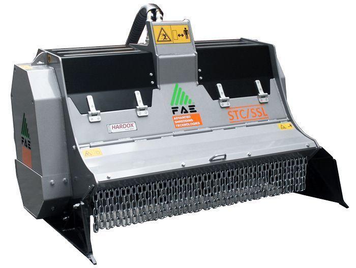 STC/SSL 125 Ancho de Trabajo 1350 mm Potencia Tractor 80-120 CV Diámetro MAX Trituración 150 mm Rotor Martillos y Cuchillas Peso 1090 Kg Español Inglés