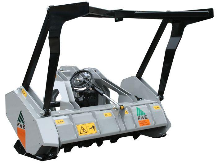 UML/LOW 150 Ancho de Trabajo 1580 mm Potencia Tractor 60-110 CV Diámetro MAX Trituración 20 cm Rotor Dientes Fijos Español Inglés