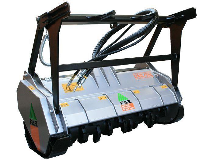 UML/SSL 125 Ancho de Trabajo 1340 mm Potencia Tractor 75-120 CV Diámetro MAX Trituración 20 mm Rotor Dientes Fijos Peso 1140 Kg Español Inglés