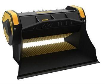 L160 S2 Máquina 4,5-10 ton Produccion 20 m3/h Capacidad carga 0,35 m3 Boca  1.100x240 mm Salida 15-60 mm Caudal 110 l/min Presión 200 bar Peso 1.450 Kg Español