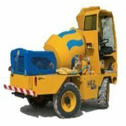 415-2 Potencia 50 CV Capacidad tambor 1,1 m3 Producción 4,4m3/h Rotación tambor 180º Velocidad MAX 20 km/h Pendiente superable 40% Peso 2.600 Kg Inglés