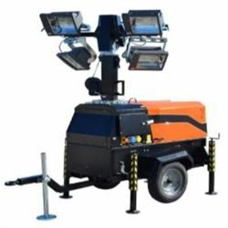 LT8500 HA Motor KUBOTA Potencia 15,4 CV Funcionamiento 43 h Altura MAX. 8,5 m Área de iluminación 1.350 m2 Luces 4X1.100W halógenas Vida útil 200 h Inglés