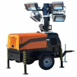 LT8500 MH Motor KUBOTA Potencia 15,4 CV Funcionamiento 43 h Altura MAX. 8,5 m Área de iluminación 4.000 m2 Luces 4X1.1.000W haluro Vida útil 2.000 h Inglés